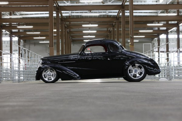 Side shot of Chuck Rowe's 1937 Chevrolet Coupe by Bobby Alloway (Alloway's Hot Rod Shop) – winner of the Goodguys 2015 Classic Instruments Street Rod of the Year