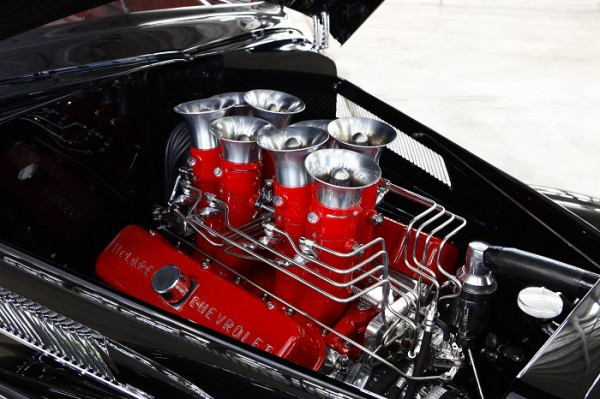 Engine of Chuck Rowe's 1937 Chevrolet Coupe by Bobby Alloway (Alloway's Hot Rod Shop) – winner of the Goodguys 2015 Classic Instruments Street Rod of the Year