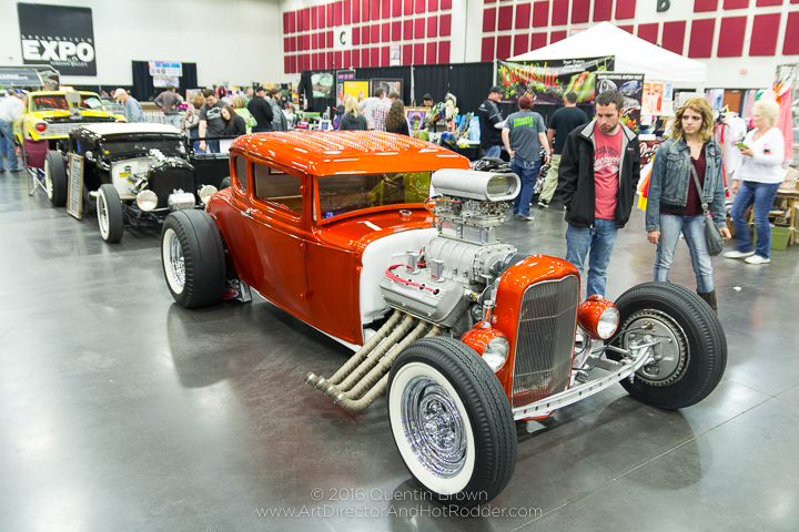 2016-12-1-3rd_annual_hot_rod_holiday_indoor_car_show-015