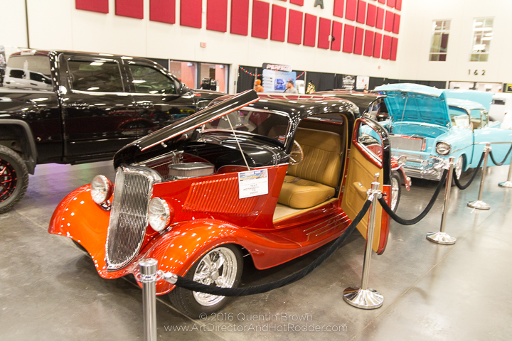 2016-12-1-3rd_annual_hot_rod_holiday_indoor_car_show-038