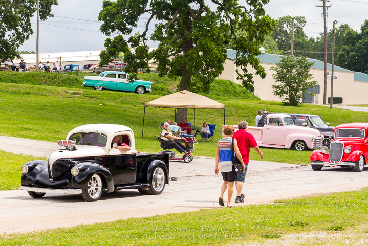 2017-05-26-34th_Annual_NSRA_Mid_America_Street_Rod_Nationals_Plus_Day_1-088