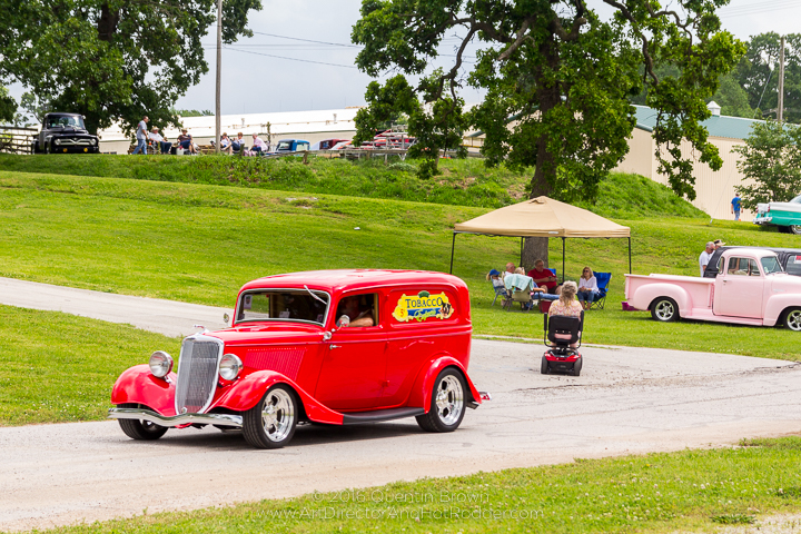 2017-05-26-34th_Annual_NSRA_Mid_America_Street_Rod_Nationals_Plus_Day_1-091