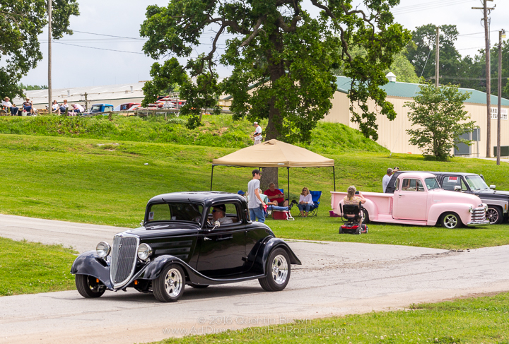 2017-05-26-34th_Annual_NSRA_Mid_America_Street_Rod_Nationals_Plus_Day_1-093